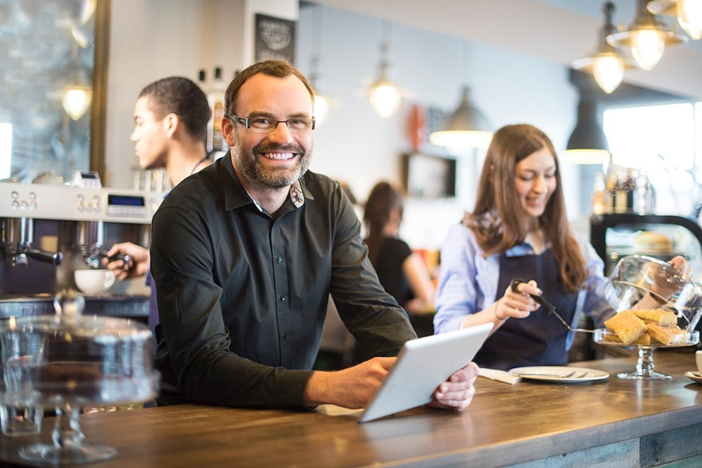 Pro Guide to Coffee Shop Checklist: 8 Things a Café Owner Need
